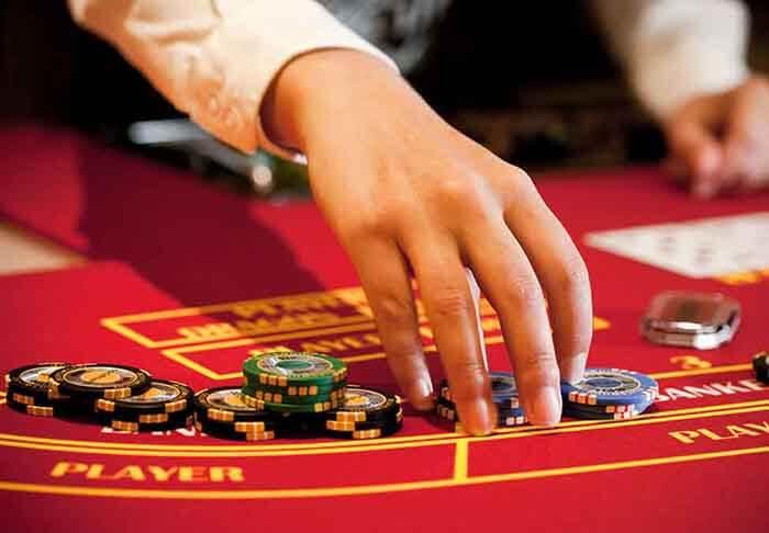 Advanced Baccarat Betting Strategies