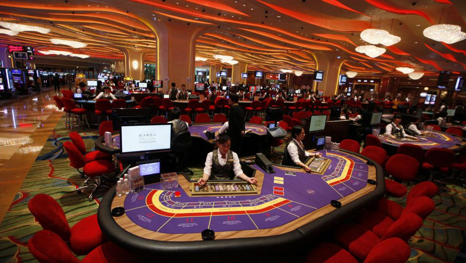 brick and mortar casino baccarat