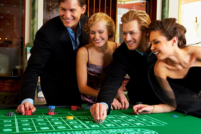 casino roulette players