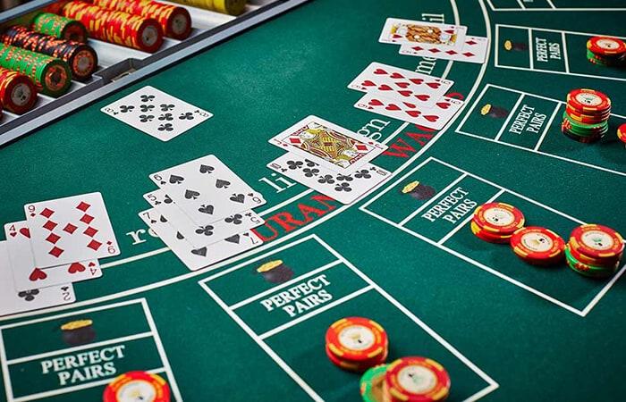 playing casino blackjack