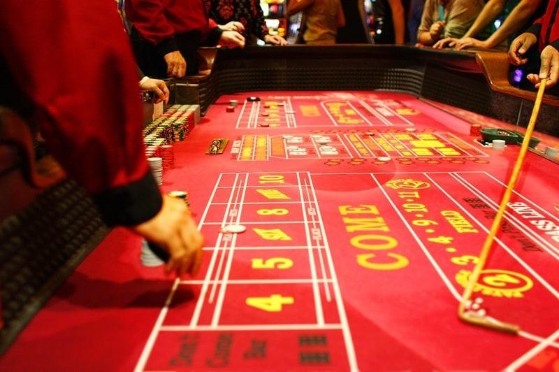 Craps casino game strategy
