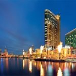 Crown Resorts Casinos Generate $665 Million from Chinese High Rollers