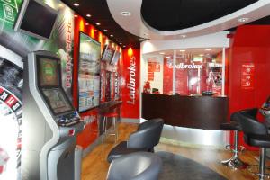 Ladbrokes betting machine crossword ante post betting wikipedia france