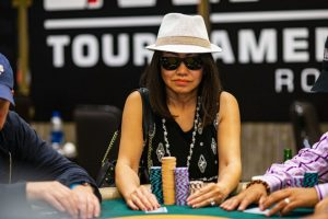 Yumi Bui Enters WPT Gardens Poker Festival Main Event Day 2 as Overall Chip Leader